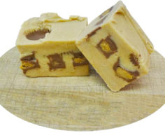 Reeses Peanut Butter Cut Fudge with text (1)